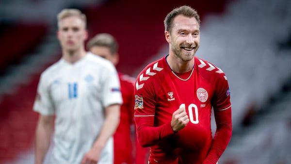 Christian Eriksens to straffesparksmål giver Danmark sejr over Island