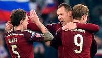 Russiske topspillere begik voldeligt overfald: Nu kan de ryge 5 år i fængsel