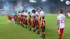 WAUW: Olympiakos disker op med vild tifo - se den her