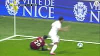 Slem skade til Youcef Atal i Nice - Metz