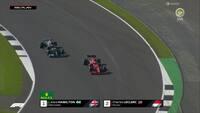 Hamilton smutter forbi Leclerc - Se den stærke reaktion fra Tom Cruise her