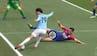 Bullseye: Premier League-spiller får bolden høvlet i skridtet fra to meter