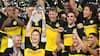 Dortmund fælder Bayern München og vinder tysk Super Cup - se det smukke pokalløft her
