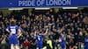 Fra straffesparksskurk til helteafsked: Cesc Fábregas klappes fra banen i formodet sidste kamp for Chelsea