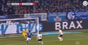 Fænomenal dobbeltredning: Gladbach-keeper viser storspil i årets første Bundesligakamp