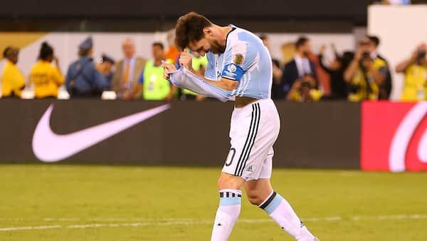KÆMPE CHOK: Messi stopper på Argentinas landshold