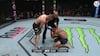 Den akavede situation, når man står i UFC main event og tæver løs på sin kammerat