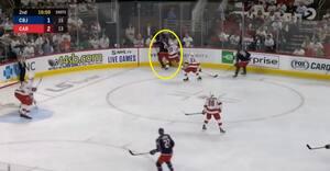 Han modtager pucken her: Så skøjter Bjorkstrand bagom målet og scorer VIDUNDERLIG solokasse