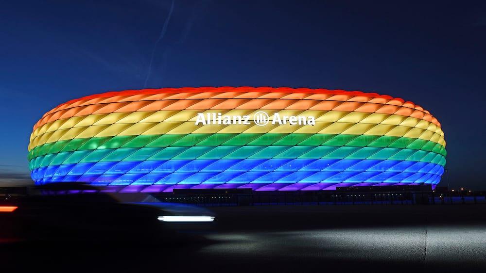 Ungarns premierminister til Tyskland: Accepter at UEFA ikke vil have regnbuefarver