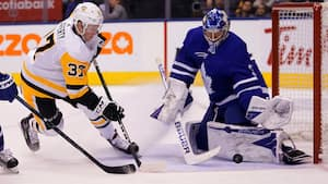 Frederik Andersen og Maple Leads holder buret rent mod Penguins
