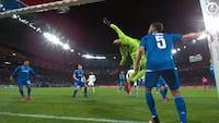 Lyon ryster Juventus' overligger! Se det flotte hovedstød her
