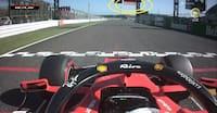 Se tv-billederne: Ferrari-stjerne tyvstarter fra pole position - slipper for straf