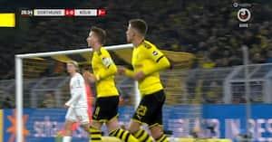 Reus får 2-0-målet annulleret for offside - men så træder VAR til