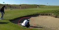 Usædvanlig situation: Caddie går i bunkeren - spilleren taberdømmes og ryger ud af turneringen