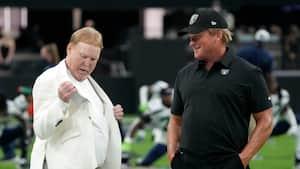 """Raiders-ejer har ødelagt en smuk arv: """"Det er SÅ forkert - SÅ skuffende"""""""