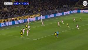Dortmund-fansene i ekstase - Julian Brandt sender tyskerne på 2-1
