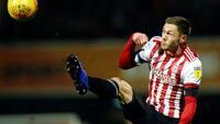Henrik Dalsgaard forlænger med et år i Brentford