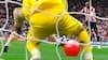 10 år siden et af alle tiders mest ikoniske og bizarre mål i Premier League
