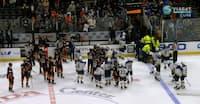 Ishockeyspiller kollapser med hjerteproblem under NHL-kamp
