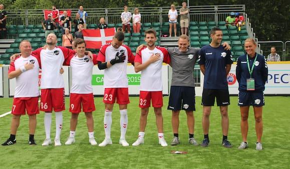Fed oplevelse for dansk landshold trods nederlag på 7-4