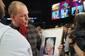 Tommy stjæler opmærksomheden til Opening Night - får følelserne frem blandt amerikanerne