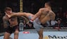 HELT VILDT: UFC-kamp afgjort på spektakulær vis - se det vilde spark lige her