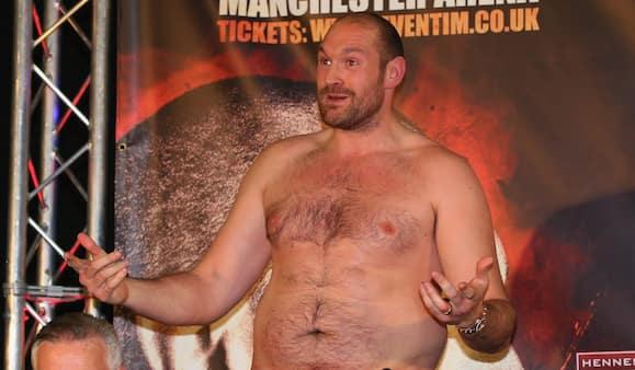 Engelsk sværvægtschamp afviser historie om brug af steroider