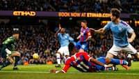 Manchester City med pointtab: Se det klodsede selvmål, der gør det onde ved City, lige her