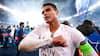 Legendarisk: Ung fan blev hevet op på scene og hyldede Thiago Silva - nu sender han roser den anden vej