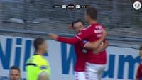 MÅL! Snu Finnbogason dukker op i feltet og pander Vejle foran - se 1-0-målet her