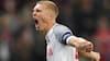 Dansk back begejstrer Elkjær: 'Han trækker sine holdkammerater med'