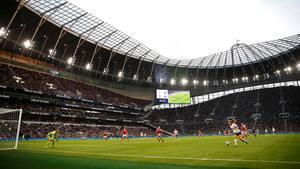 Arsenal vandt derbyopgør i historisk kamp, der slog tilskuerrekord - se målene her