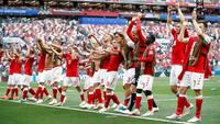 Spillerforeningen udvælger ny landsholdets mand - se ham løbe en sejrsrunde i underbukser i Parken