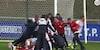 Lyon slår Ajax i tæt gyser: Mål fra midten, rødt kort og straffesparkskonkurrence - se det hele her