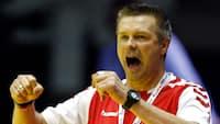 What?! Flensburgs assistenttræner smed trøjen og åd pokerregnskabet