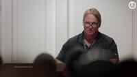 Komiker tager tykt pis på Gruden: Spillerne flækker af grin