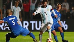 Messi med 2 mål på 2 minutter og så pillet ud i pausen: Perfekt argentinsk generalprøve