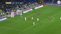 AV! Joachim Andersen ser ikke for godt ud ved Camavingas mål til 1-0