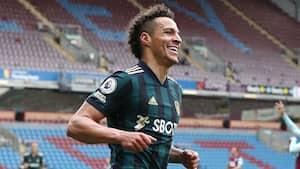 Leeds United cruiser til 4-0-sejr over Burnley - se højdepunkterne