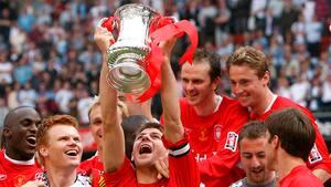 Gerrard nægtede at tabe: Liverpool vandt fantastisk FA Cup-finale over West Ham for 14 år siden
