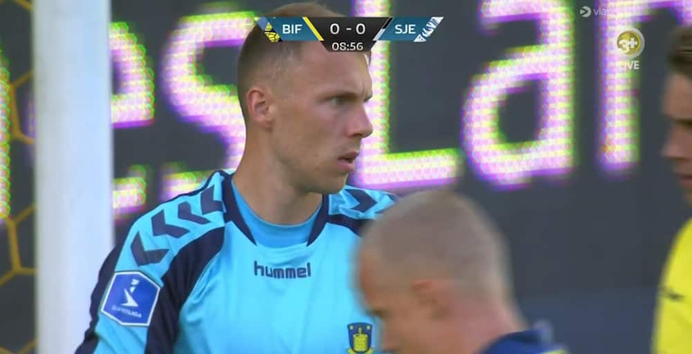 SønderjyskE tæt på 1-0 i Brøndby - men Schwäbe laver superredning