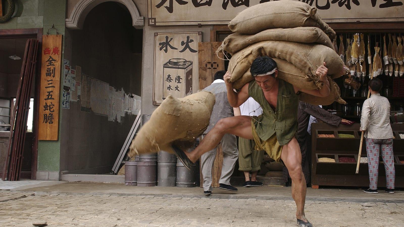 kung-fu-hustle-2004