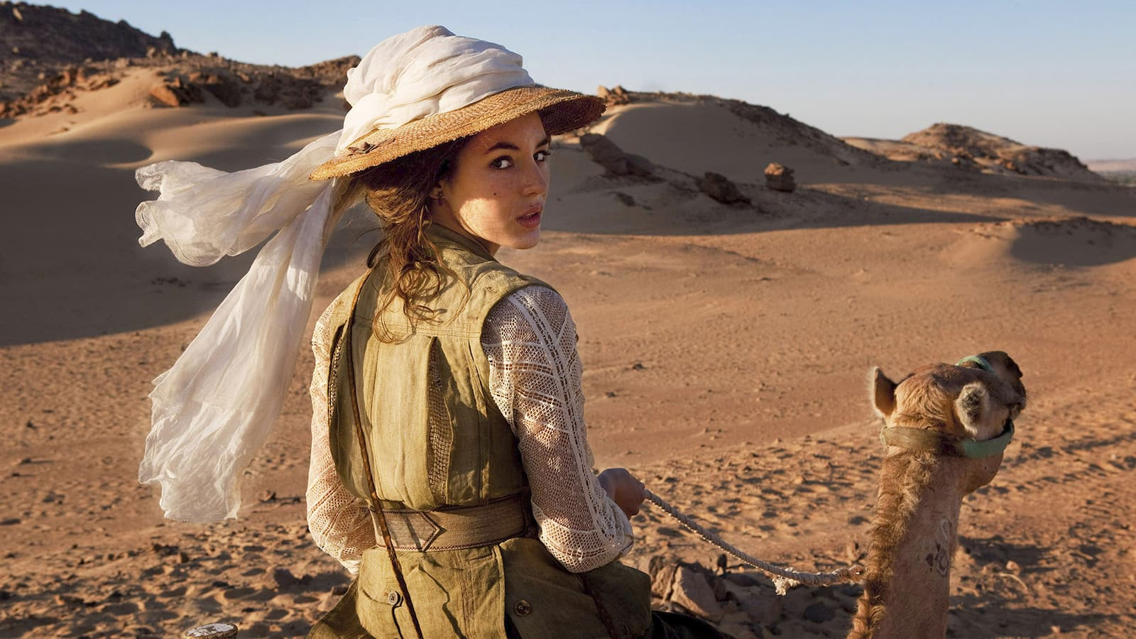 les-aventures-extraordinaires-dadele-blanc-sec-2010