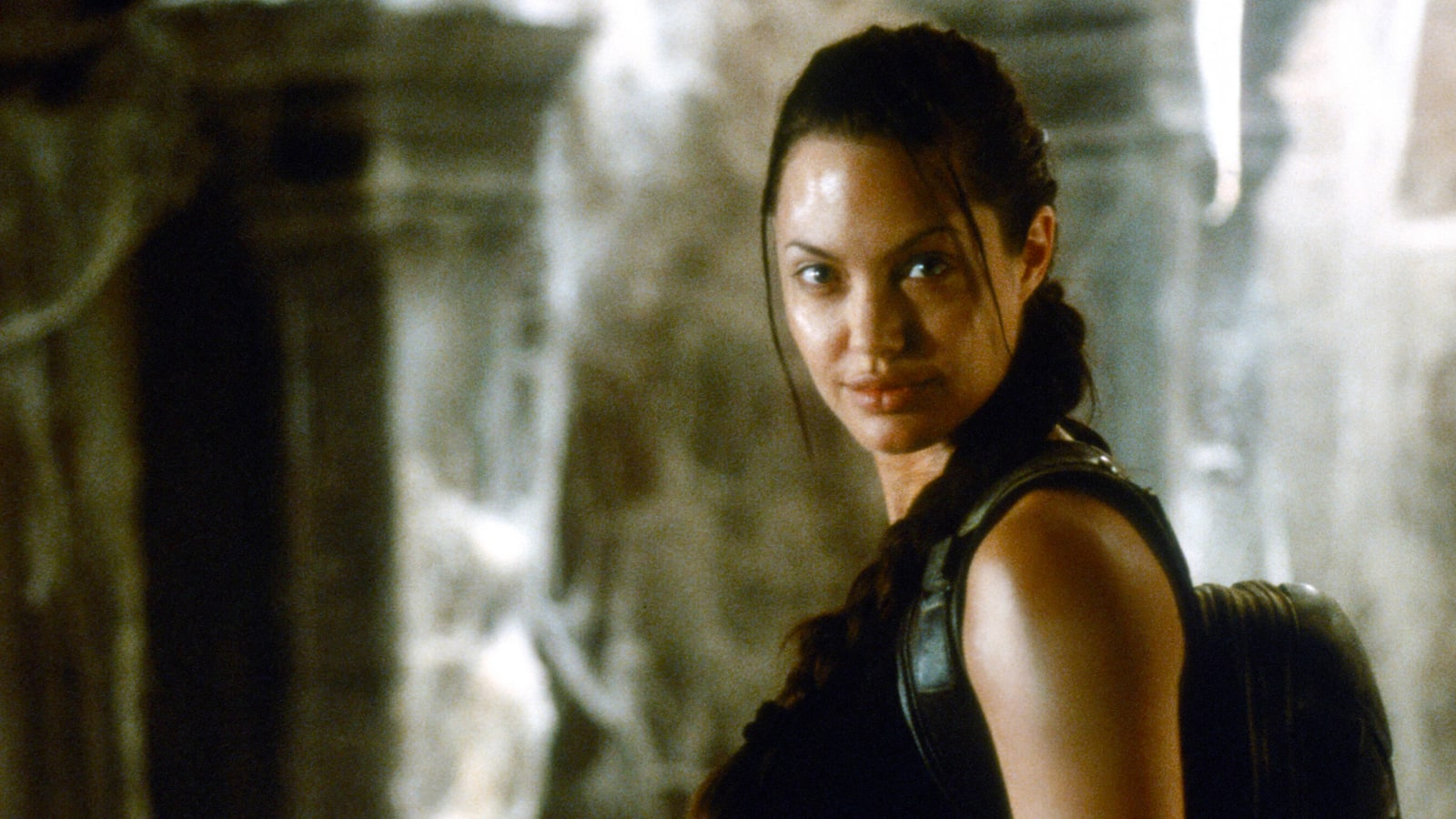 lara-croft-tomb-raider-2001